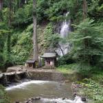祓川と須賀の滝